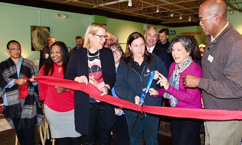 Ribbon cutting in Highland Park
